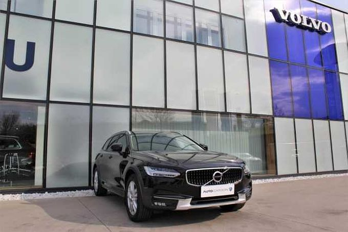 Volvo V90 CROSS COUNTRY D4 AWD 1.maj.