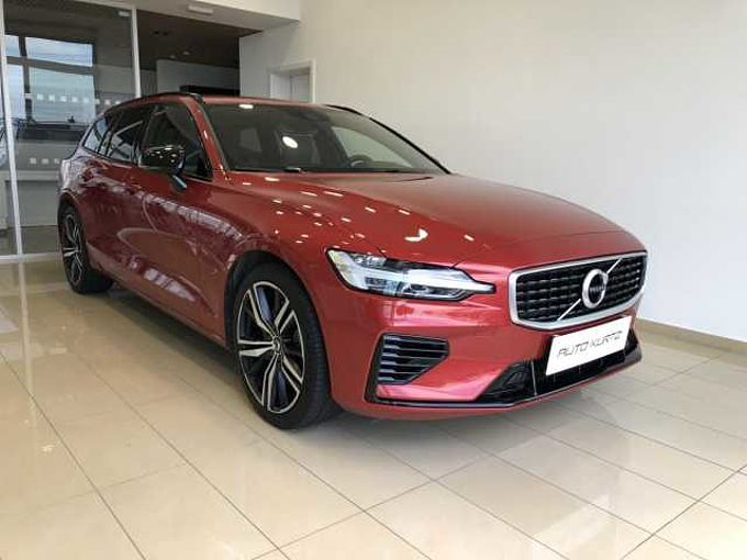 Volvo V60 T6 AWD TWIN ENGINE R-DESIGN