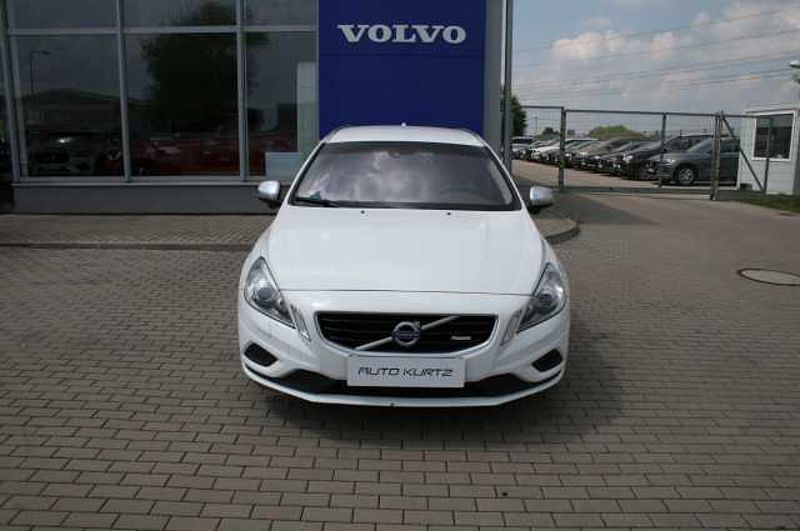 Volvo V60 D3 R - Design MAN